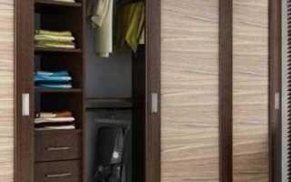Встроенный шкаф с распашными дверями – преимущества, недостатки, особенности
