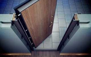 Как оформить входную дверь – фурнитура и другие варианты украшения полотен