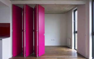 Пластиковые двери гармошка – особенности конструкции, достоинства и недостатки