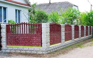 Бетонный декоративный забор – преимущества, конструкция, варианты выбора