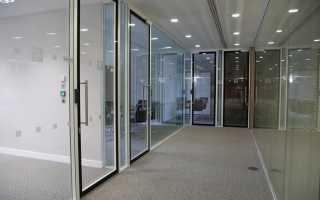 Стеклянные офисные двери – предъявляемые требования и виды изделий