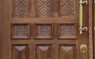 Входные двери из дерева – виды, конструктивные различия, преимущества
