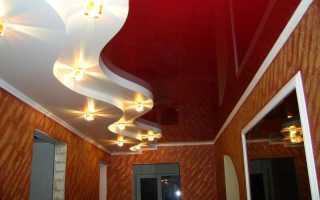 Дизайн потолка в прихожей