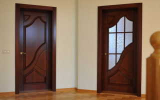 Вес деревянной двери – важность и критерии определения